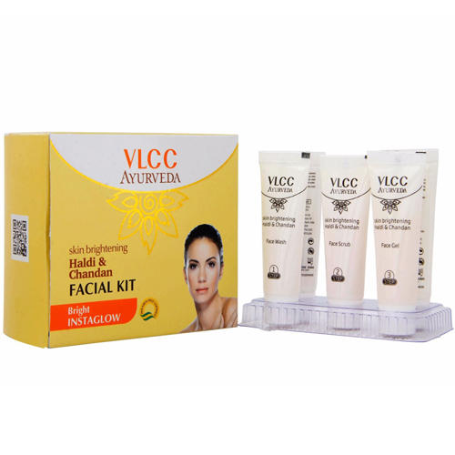 Набор для очищения и осветления кожи лица Халди и Сандал (VLCC, Ayurveda) гель для очищения лица