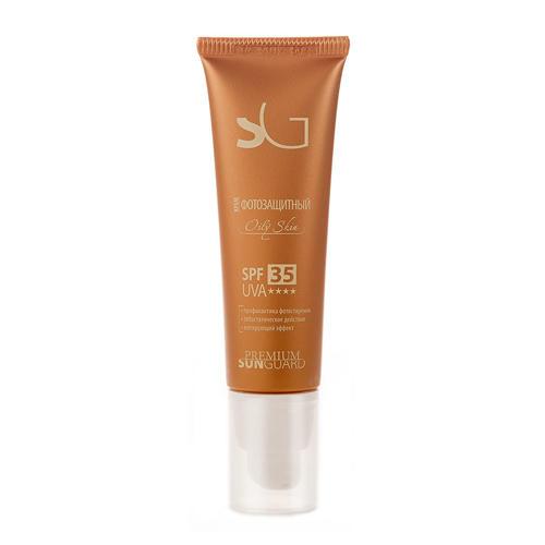 Крем фотозащитный SPF-35 Oily Skin, 50 мл (Sunguard)Защита для всей семьи<br>Крем фотозащитный разработан для защиты жирной и жирной зрелой кожей лица от солнечных лучей спектра А и В. Надежно защищает кожу от ультрафиолетовых лучей А и В, предохраняя ее от ожогов и фотостарения. Обладает себостатическим и противовоспалительным действиями. Сохраняет матовость кожи в течение 6 часов<br><br>Линейка: Sunguard<br>Пол: Женский