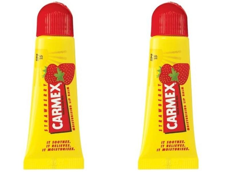 Купить Carmex Набор Бальзам для губ с ароматом клубники с защитой SPF15 10 гр*2 штуки (Carmex, Lip Balm), США